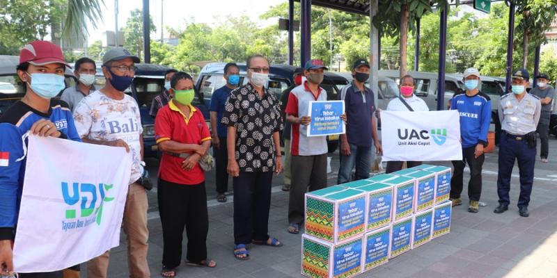 #TebarVirusKebaikan:YDSF Bagi-bagi Sembako Untuk Sopir Angkot Bratang